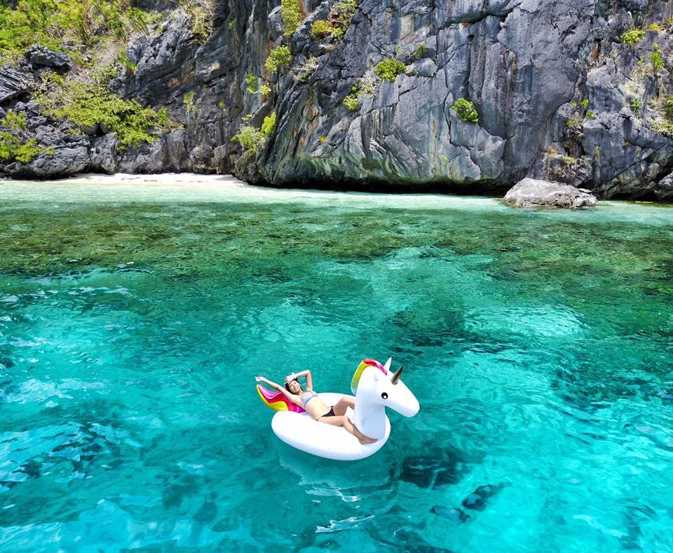 每天都忙忙碌碌地工作,是時候該放鬆一下身心了,快逃離忙碌,來愛妮島玩水吧!