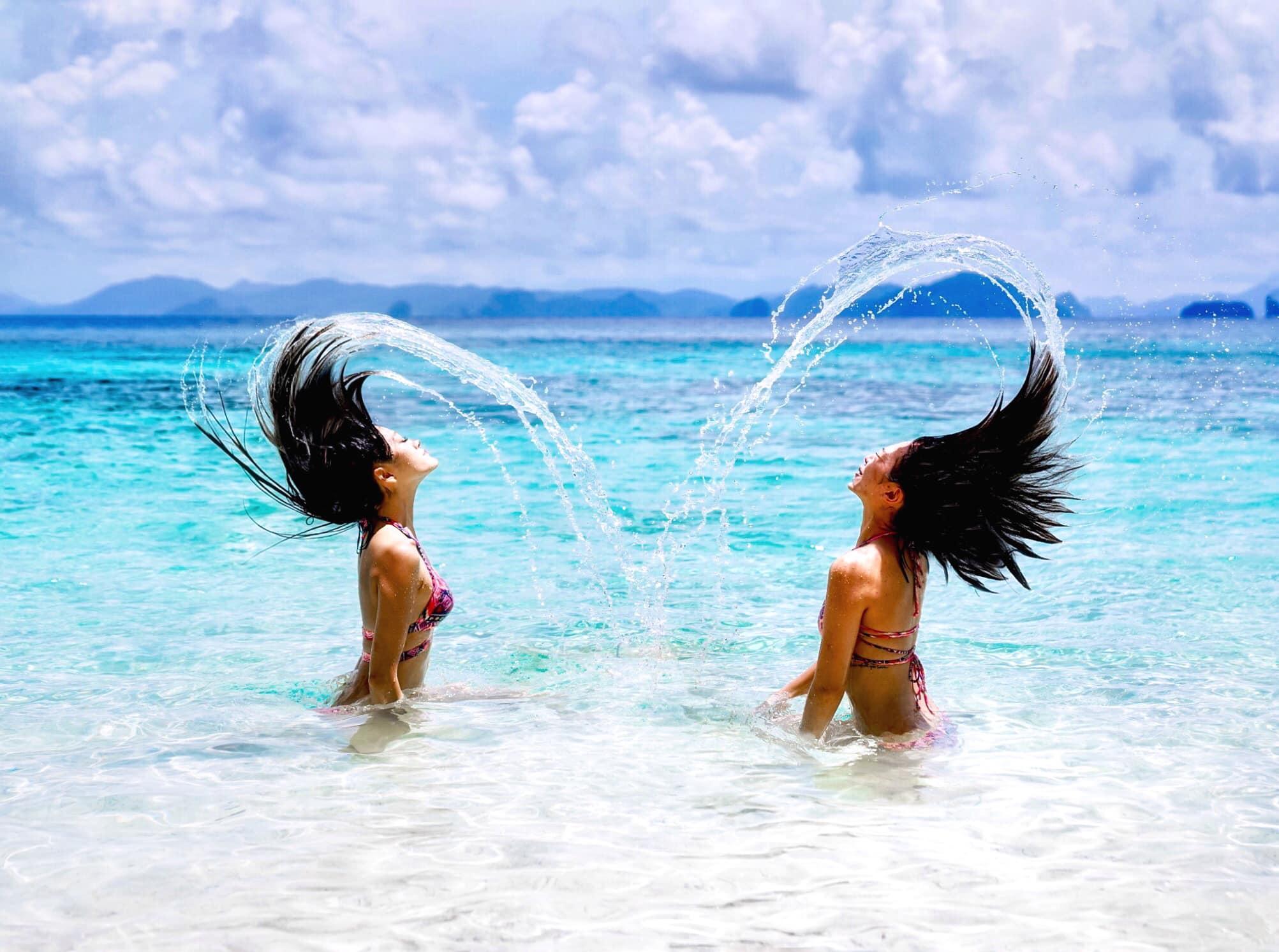 愛妮島實用攻略:水中甩髮美照