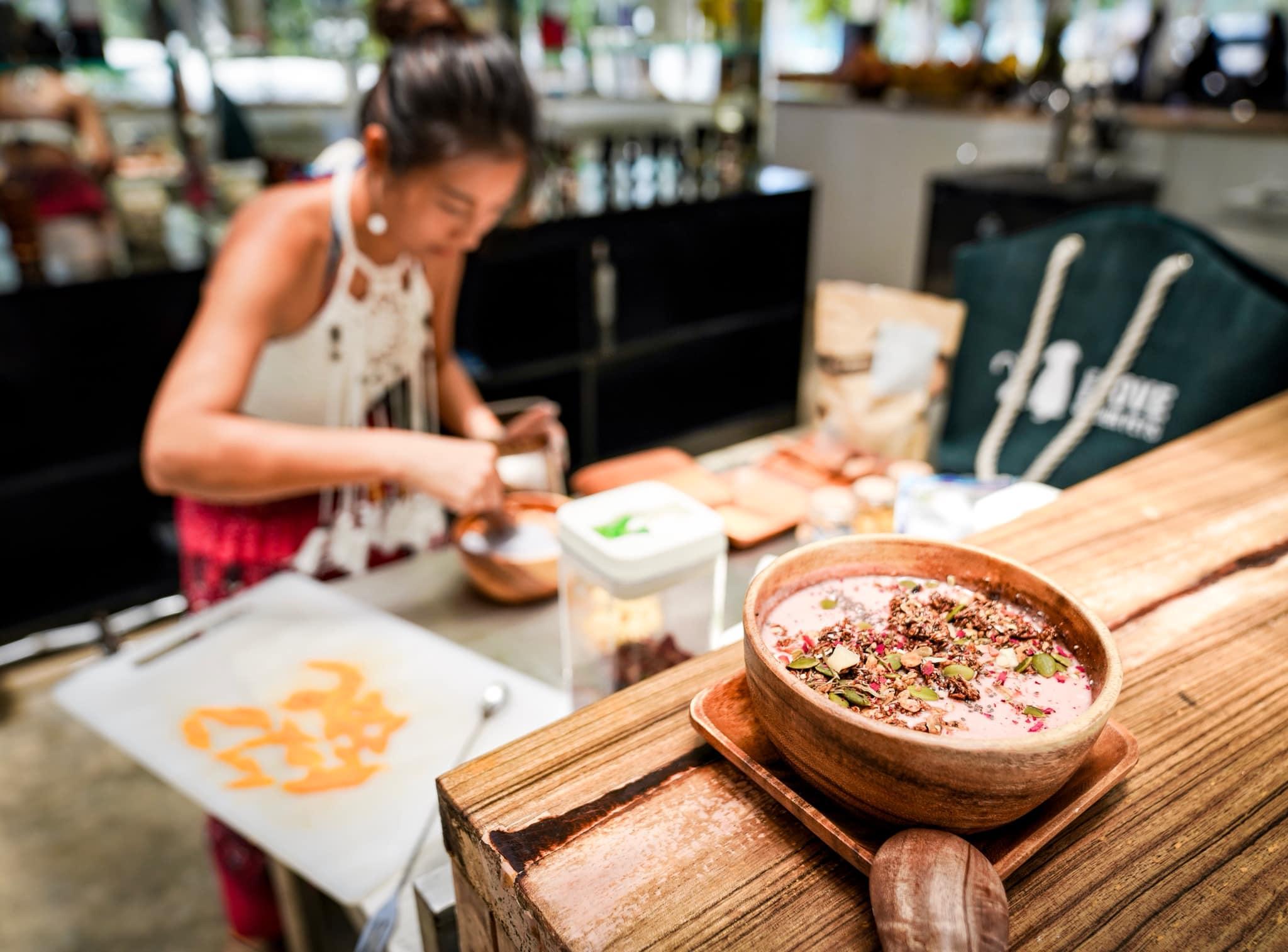 愛妮島美食專欄:健康營養果昔碗
