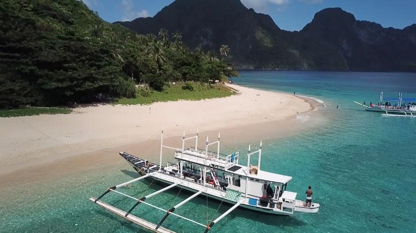 愛妮島私房景點:Helicopter Island